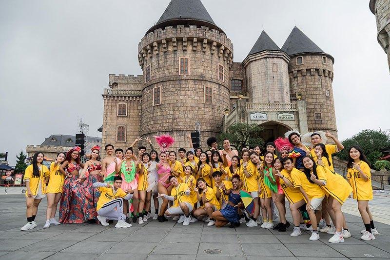 Đội thi đến từ hội sinh viên Việt Nam tỉnh Bình Định.