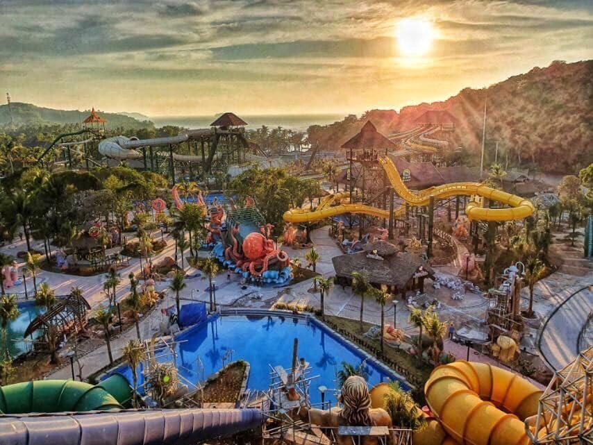 Khai trương công viên nước Aquatopia Water Park hiện đại hàng đầu khu vực Đông Nam Á.