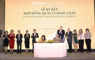 Đại diện Sun Group và Tập đoàn Rosewood Hotel Group ký kết hợp tác.