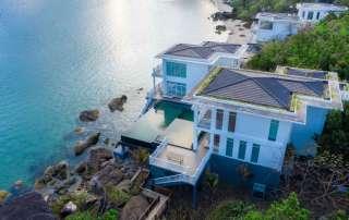 Premier Village Phu Quoc sở hữu nhiều căn biệt thự sang trọng và tiện nghi như Island Villa, Beachfront Villa, Ocean View Villa và On The Rock Villa tọa lạc trên đỉnh đồi với tầm nhìn thoáng đãng. Ảnh: Sun Group.