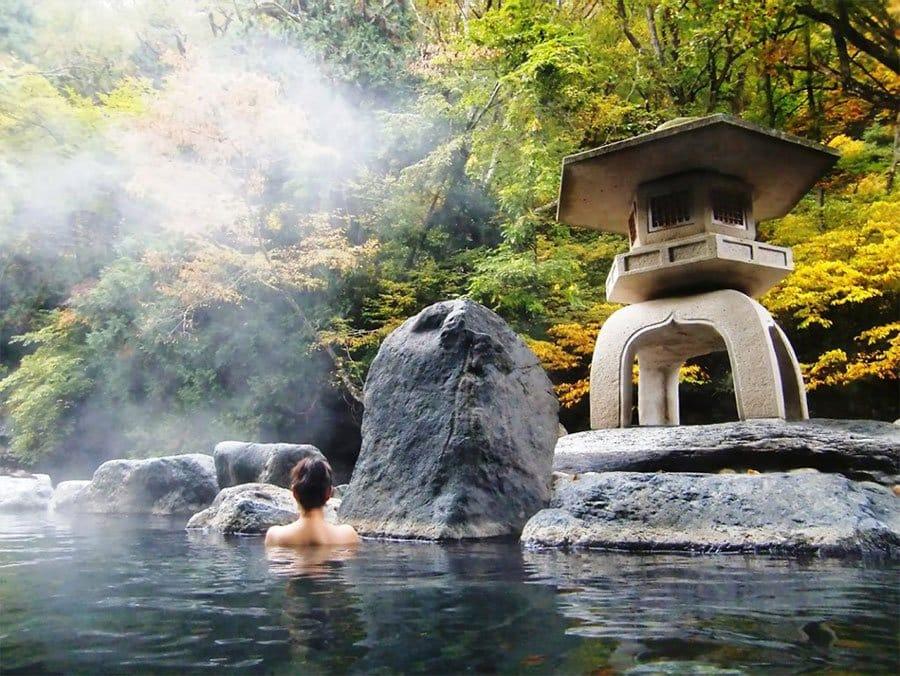 Khu tắm khoáng nóng Yoko Onsen Quảng Hành.