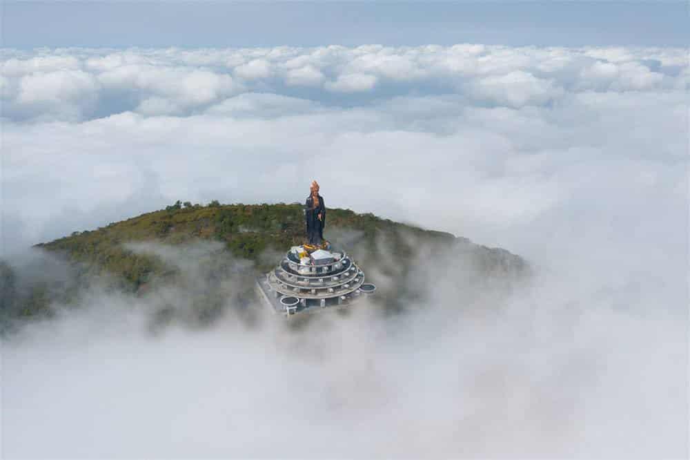 Chiên ngưỡng tượng Phật Bà cao nhất châu Á trên miền tâm linh Núi Bà kỳ vĩ